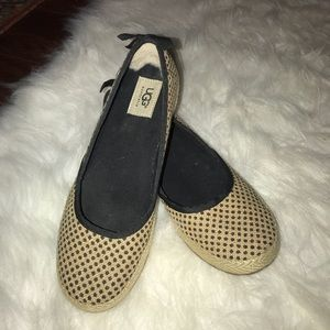 Ugg shoes. Great Condition.